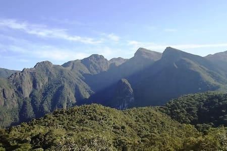 Serrinha do Alambari-Itatiaia-CABANA NA MONTANHA - Resende - Huis