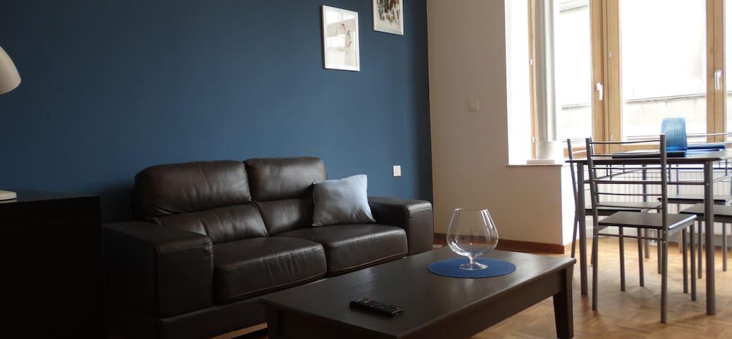 Full flat - maison rénovée centre Bxl - Blue Moon
