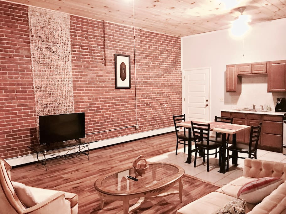 2 Bedroom At Safe Lively City Center Lofts For Rent In Binghamton New York United States