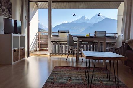 Neues Studio mit fantastischem Bergblick