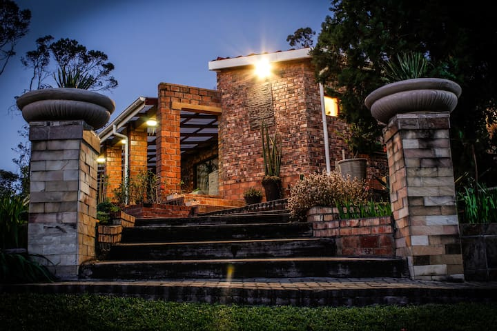 PEACE of PARADISE  B+B: Luxurious accommodation