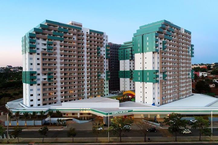 Olímpia Park Resort - Apartamento para 06 pessoas