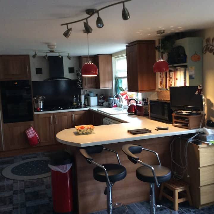 Double Room, Close to Silverstone