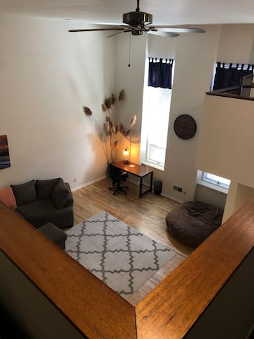 Fabulous location-Large Downtown Apt Racine WI