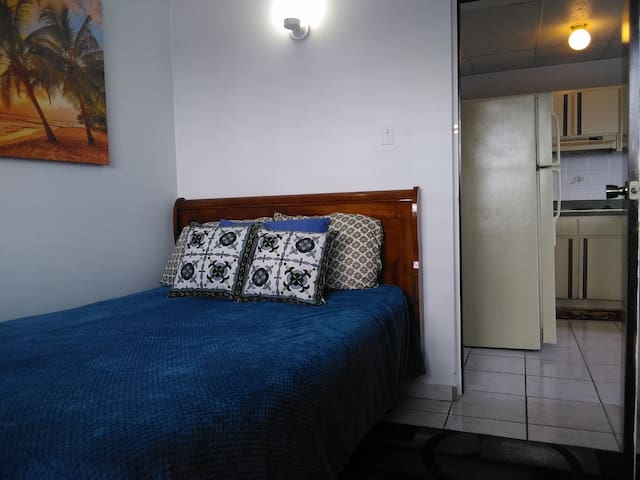 #2 A/C+WiFi+Parking+Great Location+Safe+Privacy