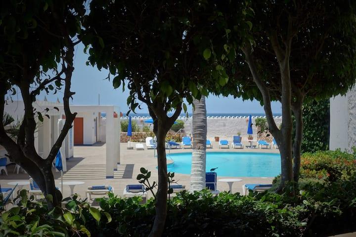 Beachfront condo at La Marina Tenis y YATE Club
