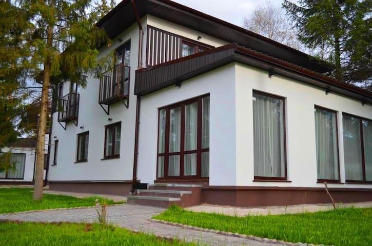 Коттедж Покров-3 на лесном участке - Pokrov - House