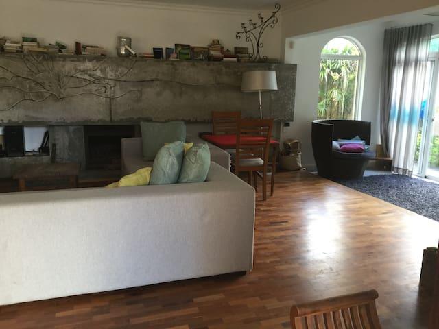 Maison de ville - moderne et comfortable