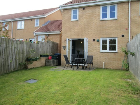 Modern 3 bedroom house, close to Durham