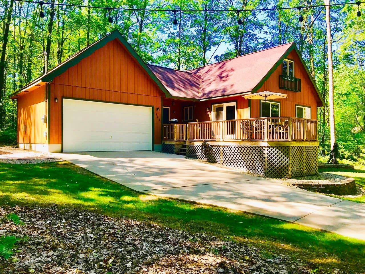 Front of cottage garage