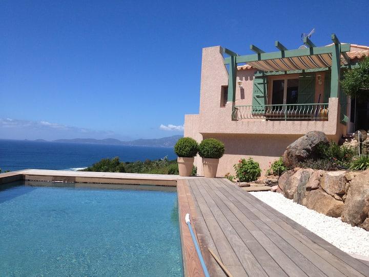 Maison avec vue mer Portigliolo