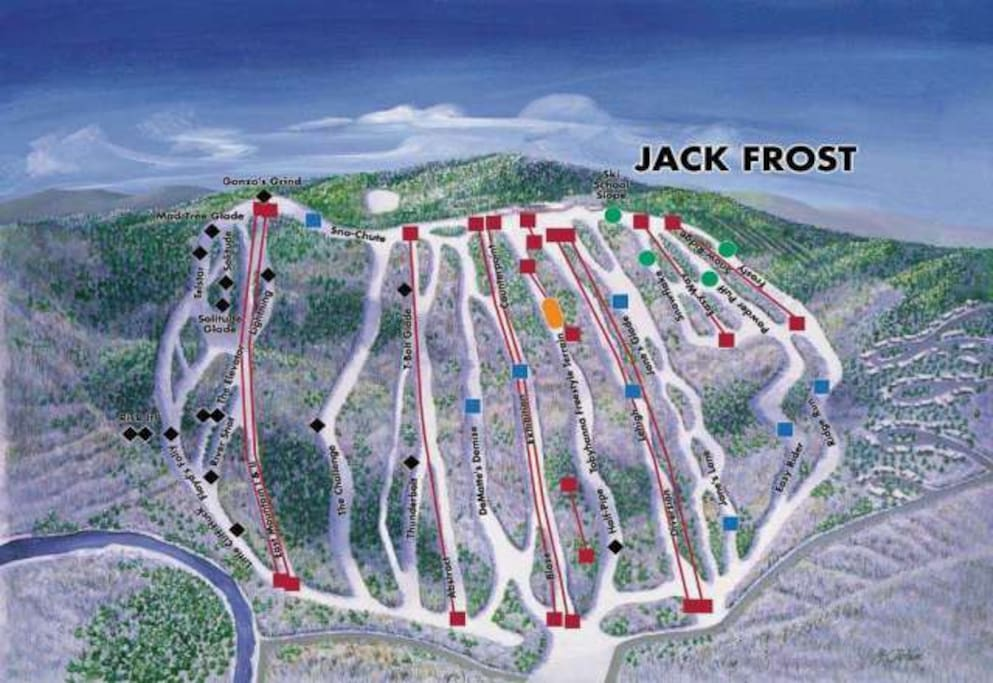Camelback mountain, Blue mountain, Jackfrost skiing snowboarding and tubing,is the best in the Poconos!! Minutes away. Bring your skis or rent them many ski and tubing mountains 35 minutes away.