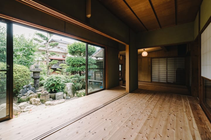 "Japanese traditional house ""ITOYUI"" at Itoshima/3P"