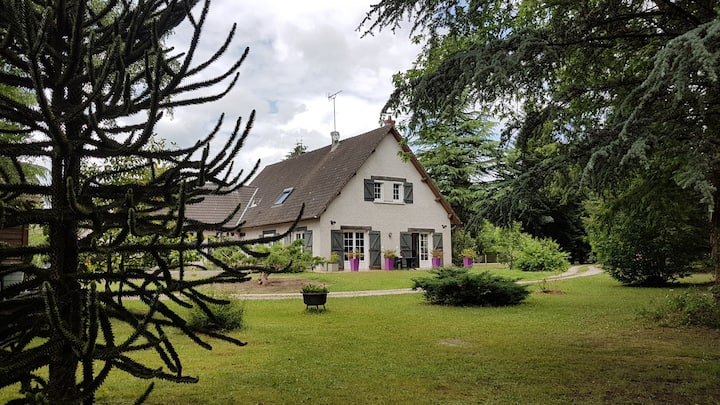 Bed and breakfast Loire's castles, Sologne forests