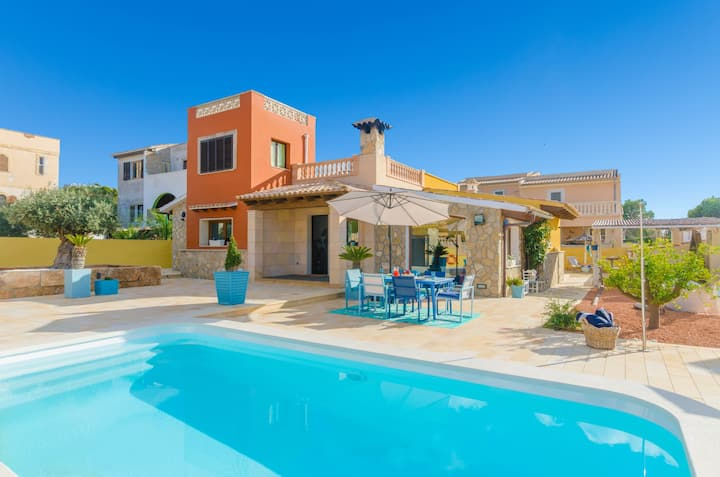 LA PLAYITA - Villa with private pool in Badia Gran. Free WiFi