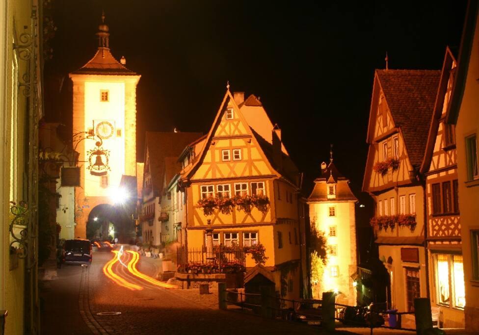 Rothenburg bei Nacht - sehr romatisch