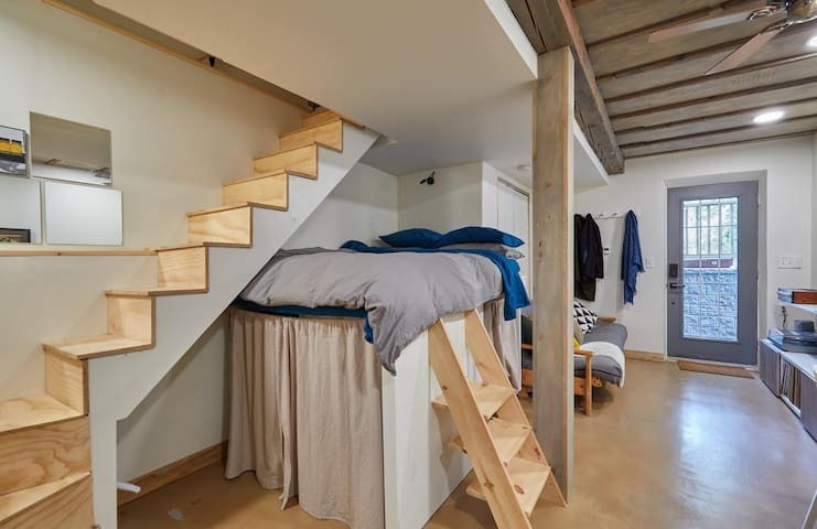 Loft bed, inspired by tiny house design
