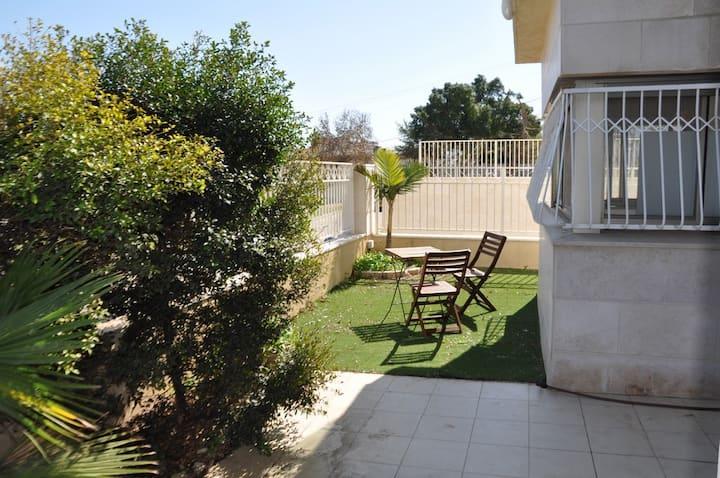 Appart standing jardin-terrasse - Kikar & beach