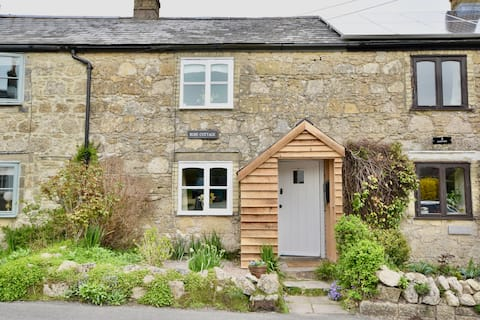 Perfect cosy cottage for your island get away.