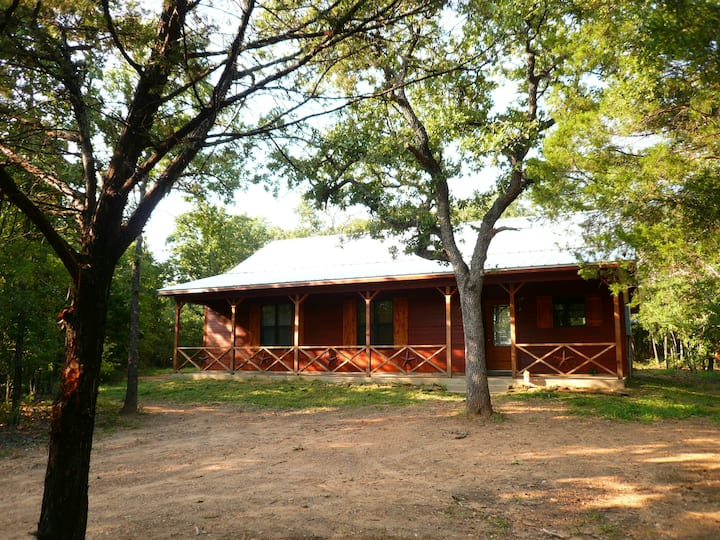 Trinity Trails: Lone Star Cabin