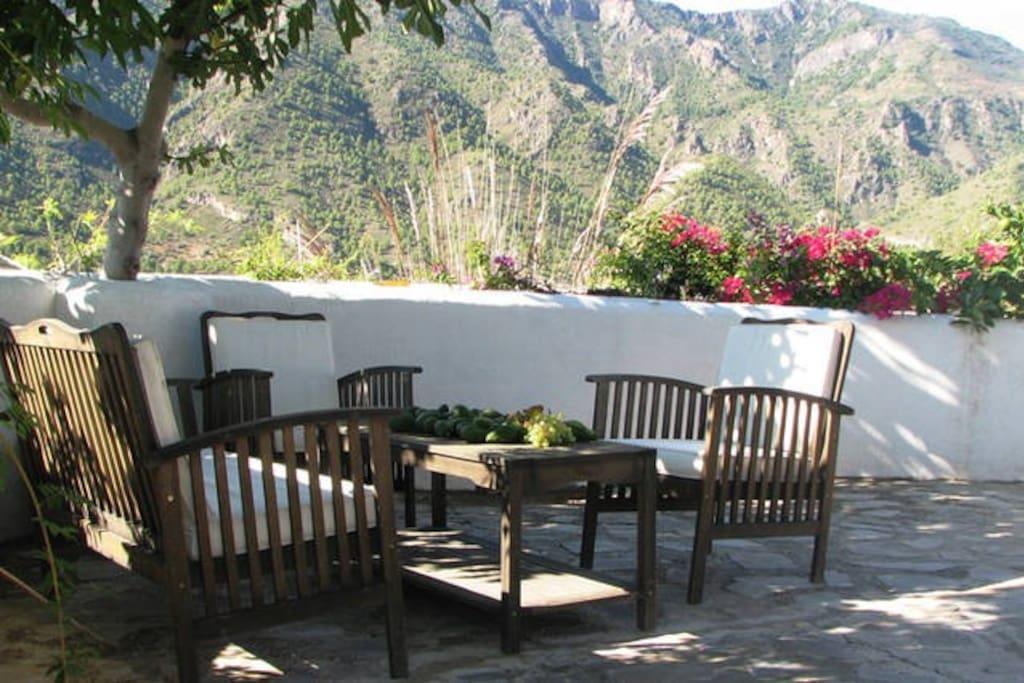 the terrace next to the cortigo