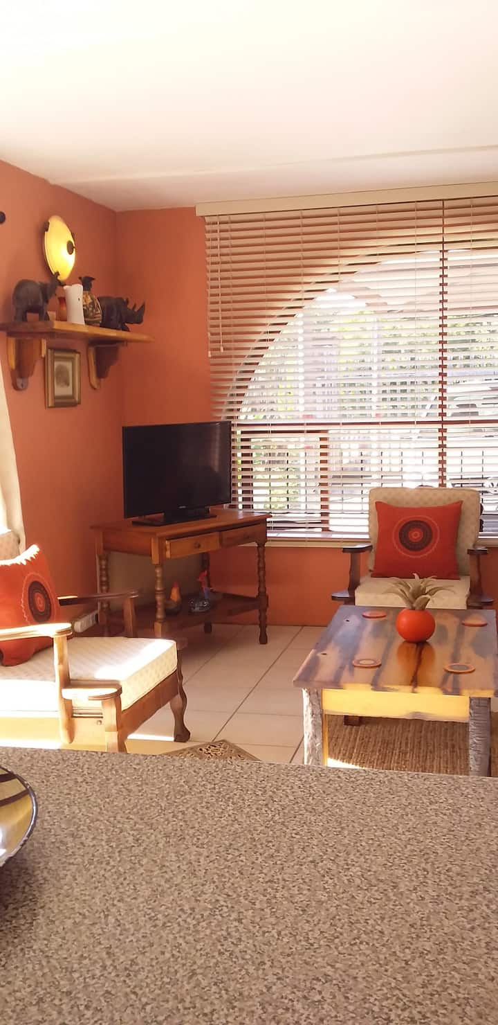 Sedgefield holiday flat,150 meters from Lagoon.