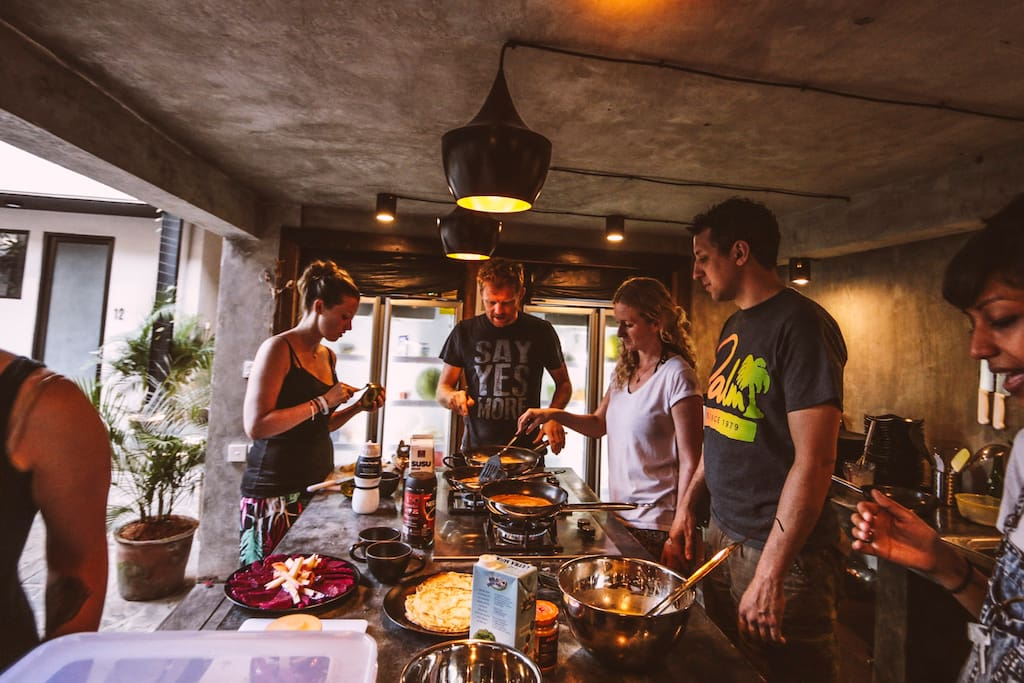 Join brunch or dinner in our community kitchen