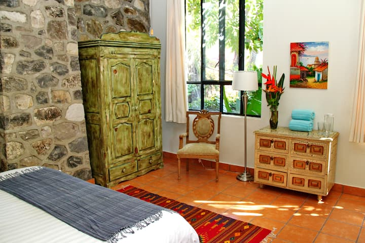 King Room, Villa del Angel Ajijic