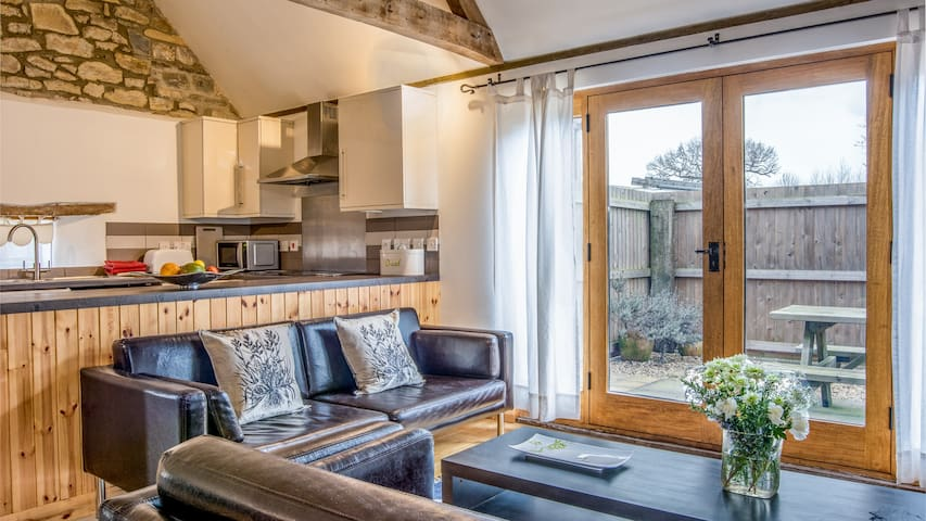 Beautiful converted barn, hot tub - Taunton - บ้าน