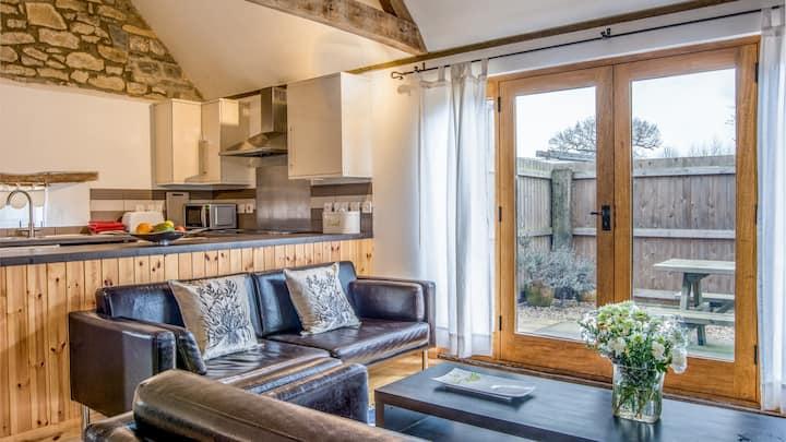 Beautiful converted barn, with your own hot tub