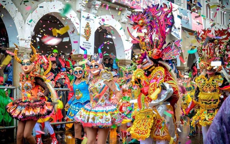 Loft para carnaval de Oruro, desayuno incluido