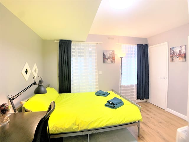 Beautiful Room, Central London-Excellent Transport