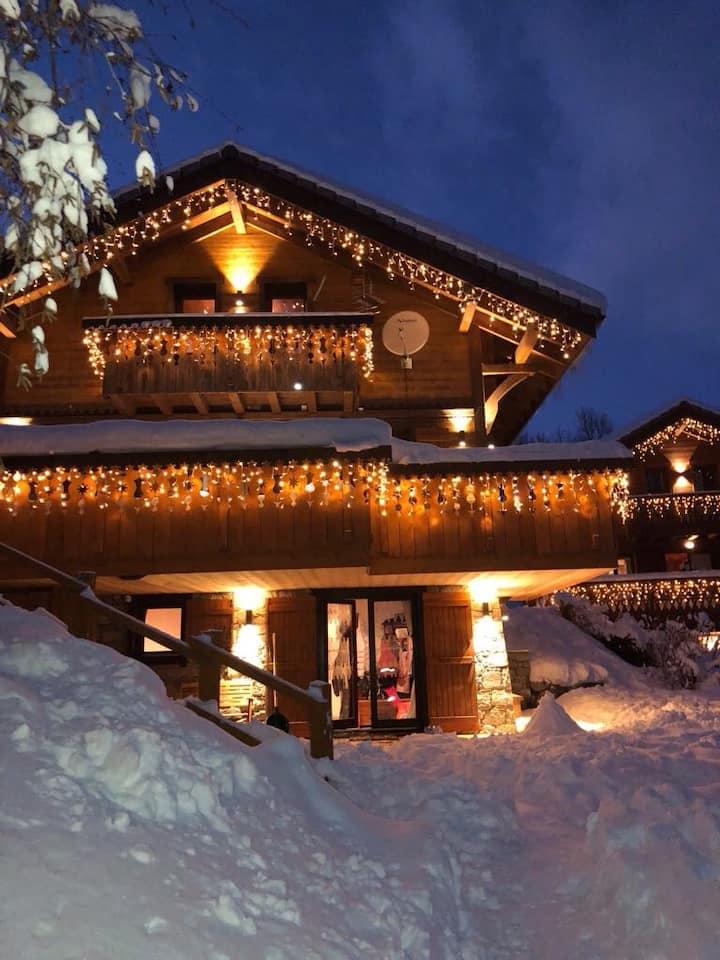 Meribel Les Allues Ski Chalet with beautiful views