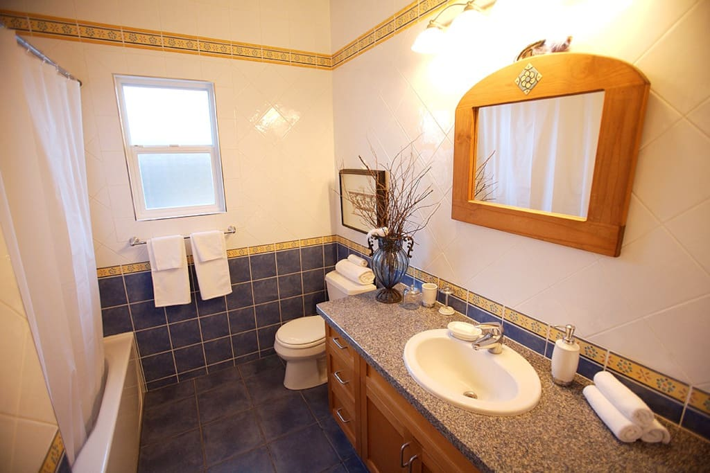 main bathroom 4 pc