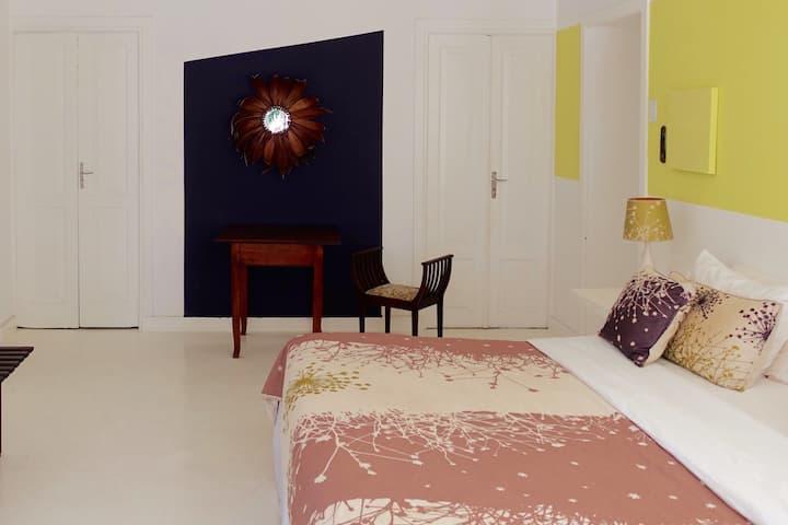 """Suite """"Fleurs des Anges""""  ( 50m2)  in Casa Amarelo"""