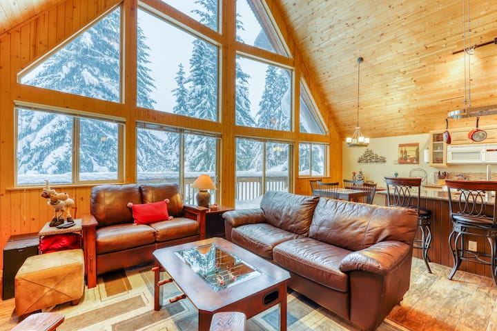 New Listing,  Ski cabin at the summit, mountain views, & foosball table!