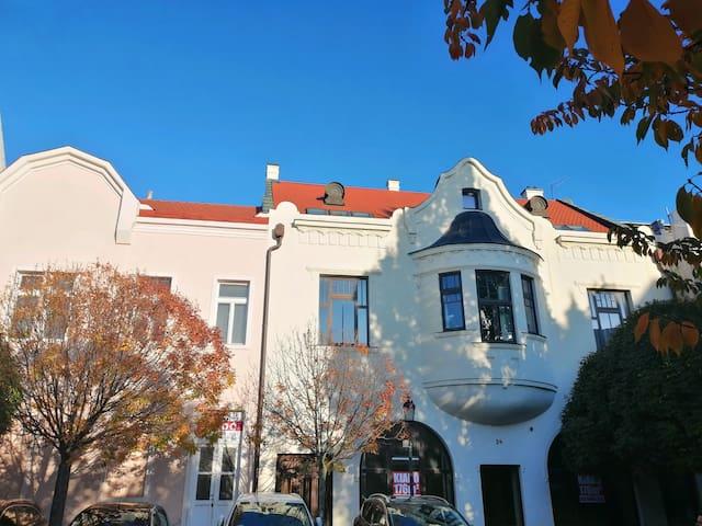 Luxus lakás Óváros téri kilátással.