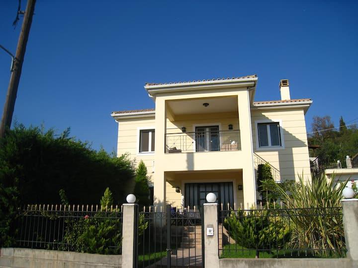 Olympia Family House II