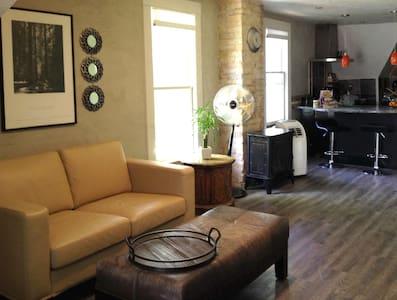 Artsy & Charming Loft Space Near Park & Down Town - Salt Lake City - Wohnung