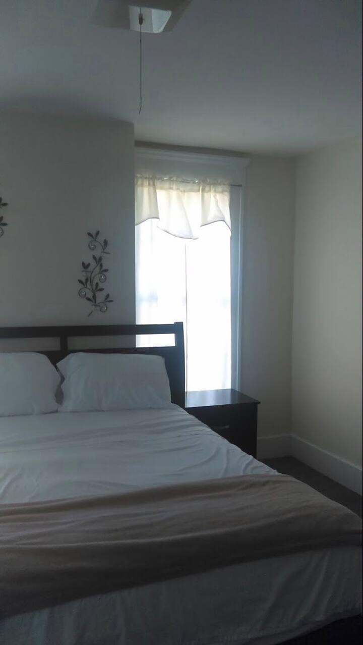 HUGEST ROOM !  Nicest HOST.