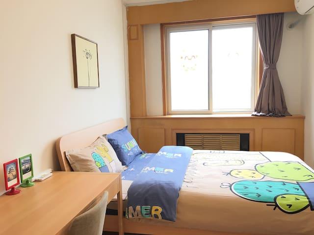天安门故宫周边,地铁旁,温暖阳光大床房