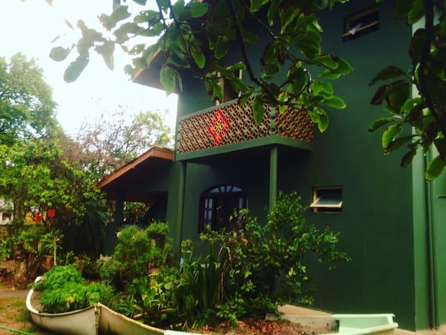 Sirena Garden - Frente ao Mar - Biguaçu  - Bed & Breakfast