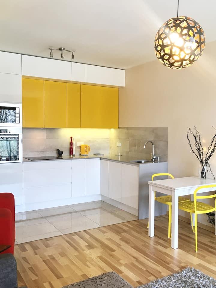 """Artistic Estate Apartment"" ClickTheFlat"