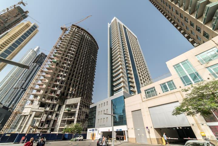 Studio Apartment in Burj Al Nujoom Down town