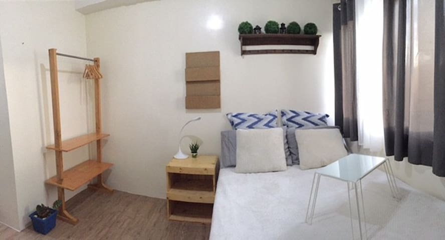 STANFORD SUITES CONDO UNIT 4 RENT FULLY FURNISHED - Santa Rosa - Appartement