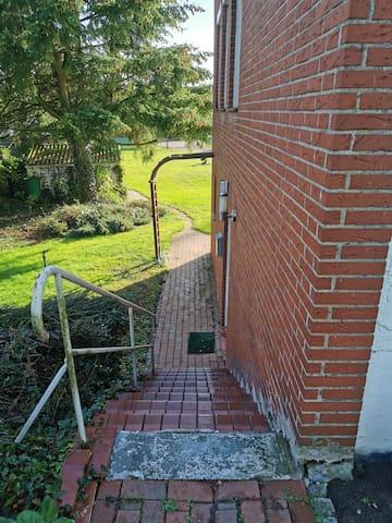 Treppe zum Eingang