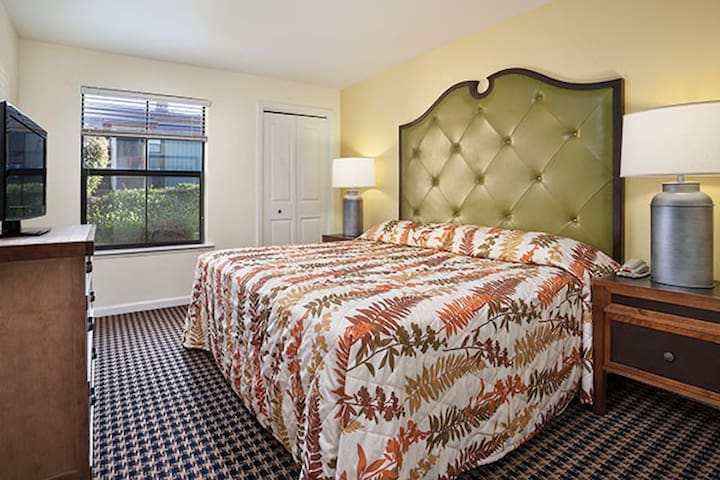 Angels Camp- 2 Bedroom sleeps 6