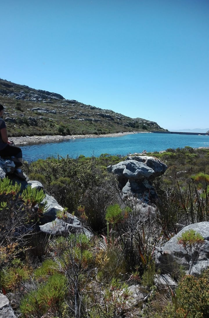 View beyond dam to Hottentot Holland Mountains