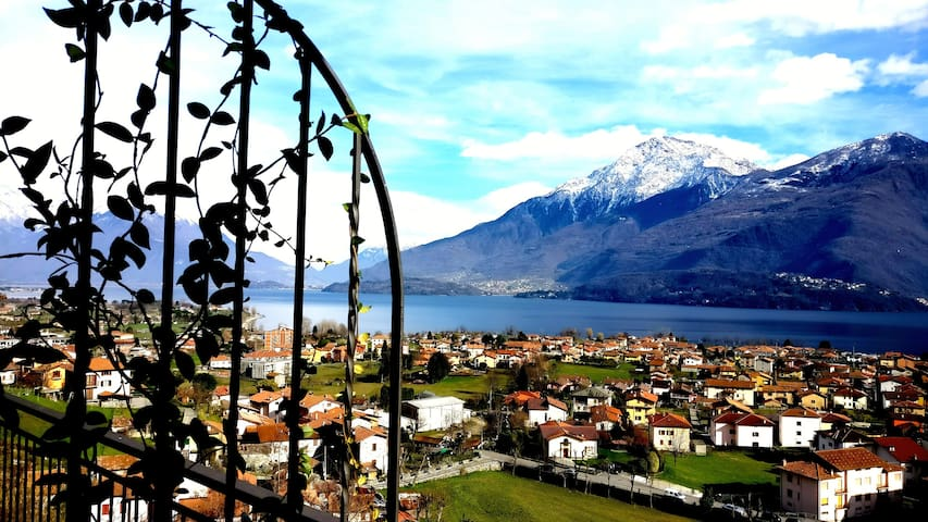 Relax apartments on Lake Como with magic view!! - Dongo - Apartamento