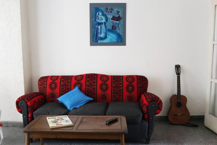 Amplia y luminosa habitación - Godoy Cruz - Casa